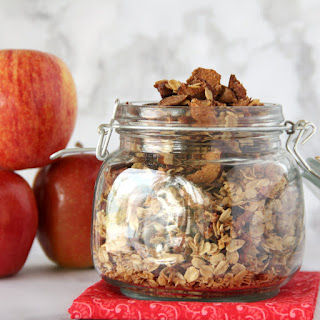 Apple Cinnamon Granola