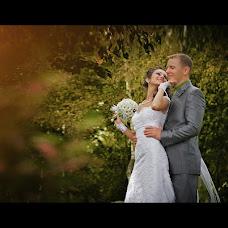 Wedding photographer Denis Mukhin (Muhin). Photo of 15.03.2013