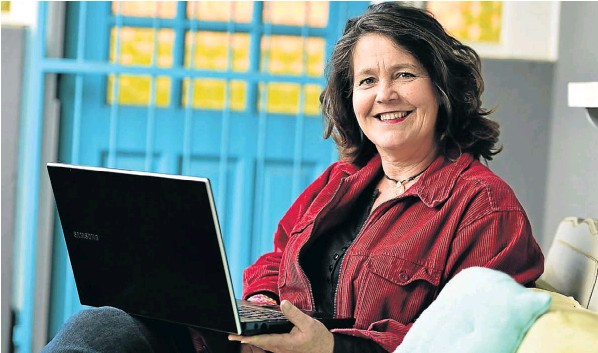 Chantal Bezuidenhout, the owner of Social Media Shake-Up, loves training and mentoring people