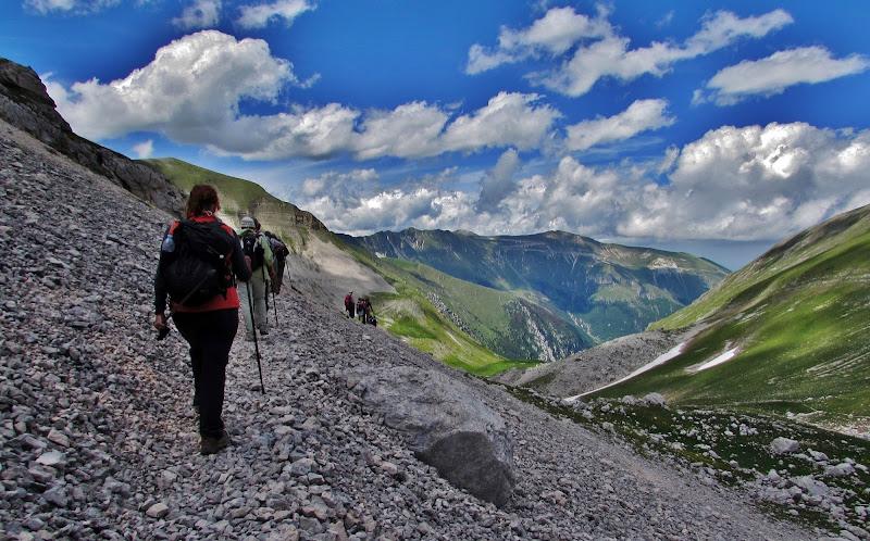 In marcia sul ghiaione di Giorgio Lucca