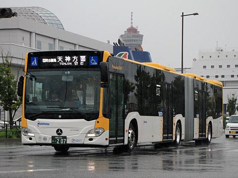 西鉄 アイランドシティ 0208 連節バス 博多港国際ターミナル到着