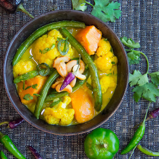 SRI LANKAN VEGETABLE CURRY