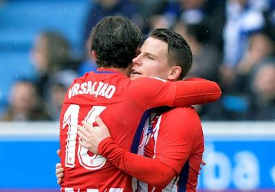 Atlético doet wat het moet doen, maar Barcelona heeft aan puntje wel genoeg om titel te pakken