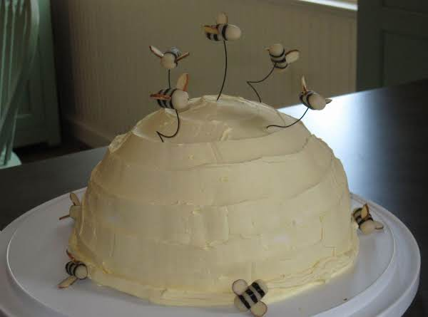 Honey Bee Banana Cake