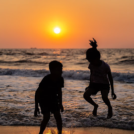 Silhouette  by Prithviraj Shetty - Babies & Children Children Candids ( silhouette canon kids sunset beach,  )