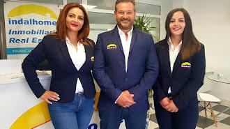Paqui Hernández, Miguel A. Gallardo e Isabel Hernández.