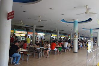 Photo: Quand c'est l'heure de manger à Singapour !