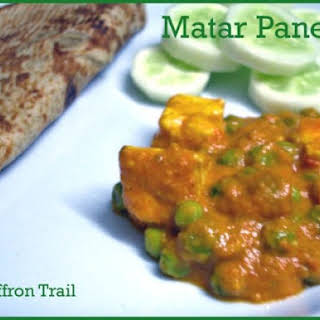 Matar Paneer ( Indian curry with green peas and cheese ).