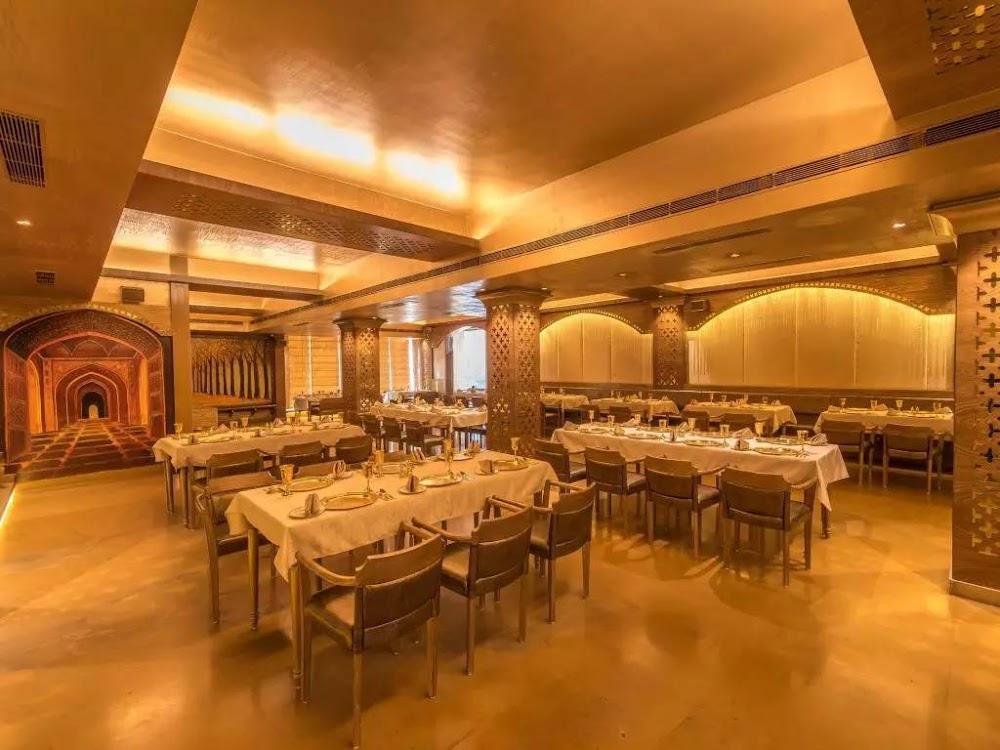 romantic-restaurants-in-bangalore_Jalsa_Gold_image
