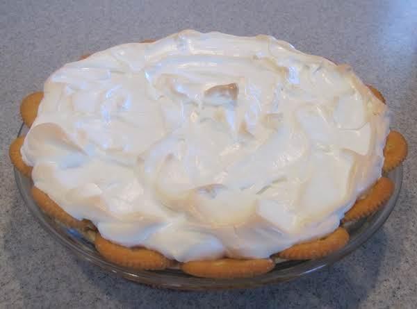 Ritz Cracker Crust Lemon Pie Recipe