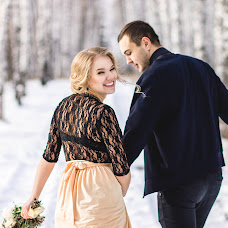 Wedding photographer Anyuta Ontikova (Ontikovaphoto). Photo of 04.11.2015