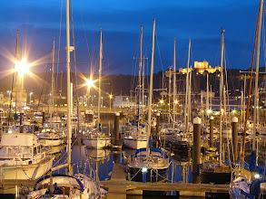 Photo: Marina w Dover nocą.