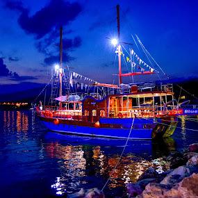 blu boat by Foto Graf - Transportation Boats