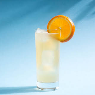 Timekiller (Quick Pineapple Rum-LaCroix Cocktail).