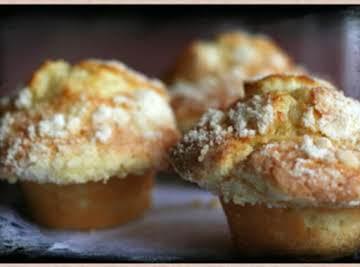 Scrumptious Lemon Crumb Muffins