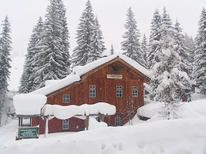 Photo: Die Sporta-Hütte - ein Paradies für Skitourengeher, Skifahrer, Snowboarder, Schneeschuhwanderer, Winterwanderer, Geocacher etc.