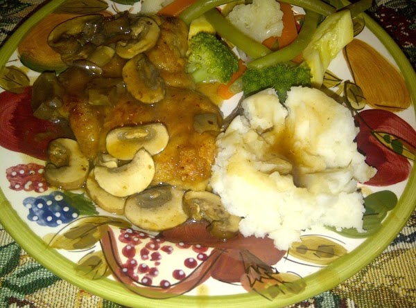 Serve sause over chicen, with mashed potatoes and steamed vegeatbles