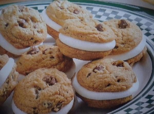 S'more Sandwich Cookies Recipe