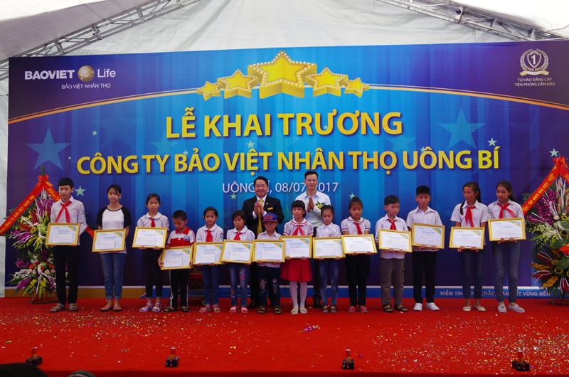Bảo Việt Nhân thọ khai trương ở Uông Bí