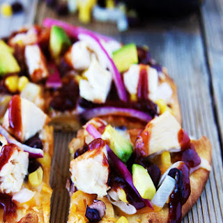 Skinny BBQ Chicken Flatbread Pizza
