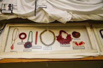 """Photo: Sticknätverkets """"Stickade utmaning"""" var på plats även i år och bestod av stickade smycken."""