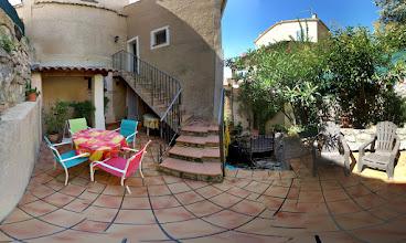 Photo: Photosphère, streetview de la terrasse de la location de vacances www.locations-moustiers.com