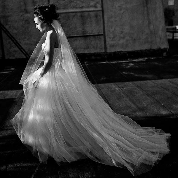 Wedding photographer Vasiliy Tikhomirov (BoraBora). Photo of 01.02.2014