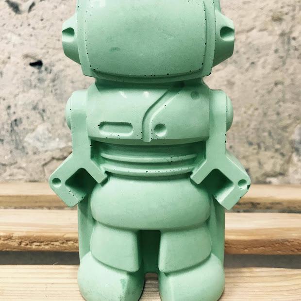 objet déco figurine déco en robot en béton vert