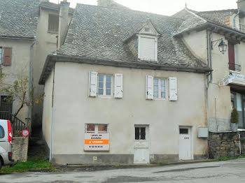maison à Montsalvy (15)