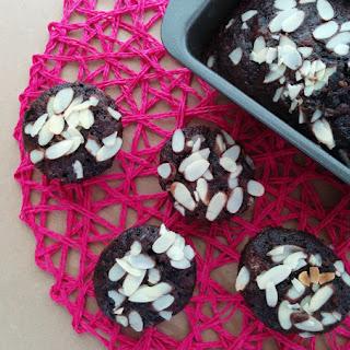 Super Moist Chocolate Almond Cupcakes (Vegan) Recipe