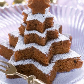 Festive Tiered Star Cake