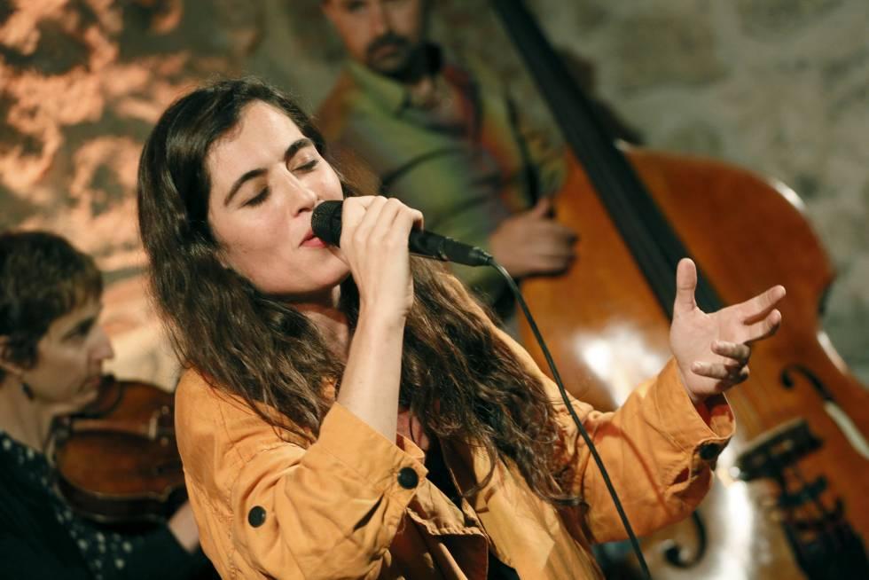 La cantante Silvia Pérez Cruz, anoche en el concierto en el Cuartel de Conde Duque, en Madrid.