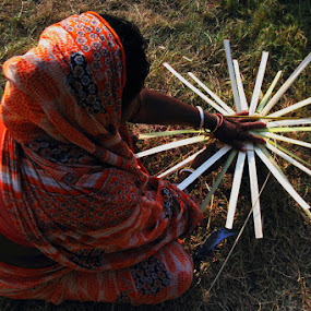 The Basket Maker by Debdatta Chakraborty - News & Events World Events ( people, photo journalism. )