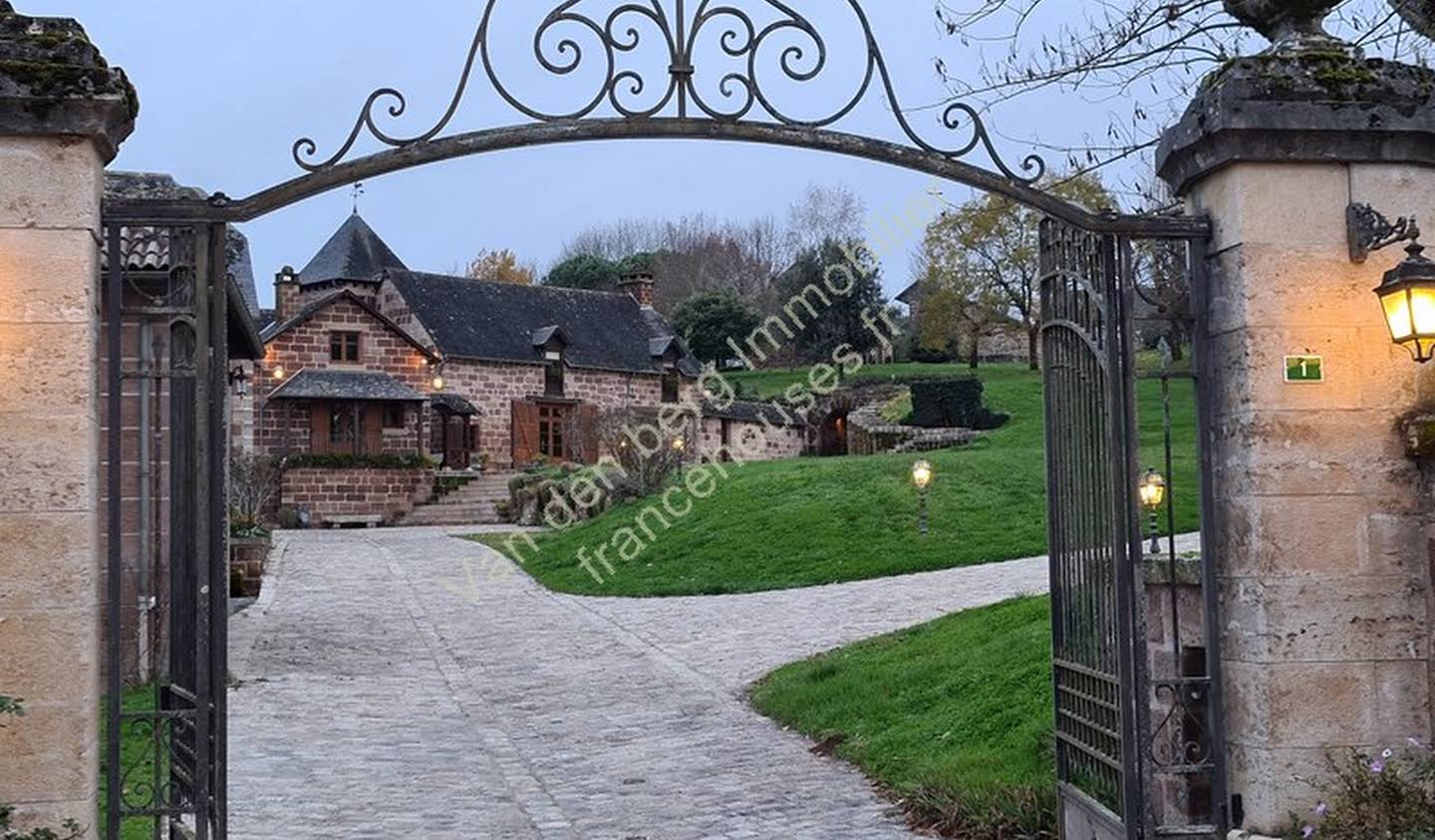 Property with pool and garden Allassac