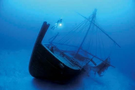 Uluburun-Shipwreck.jpg