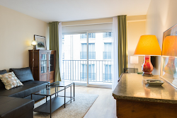Porte Maillot Serviced Apartment