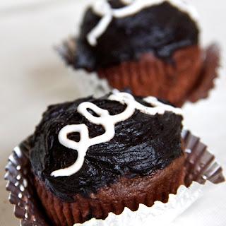 "Skinny ""Hostess"" Copycat Cupcakes Recipe"