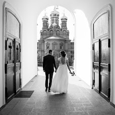 Wedding photographer Pavel Smirnov (sadvillain). Photo of 21.08.2017