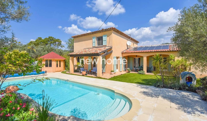 Villa avec terrasse Salernes