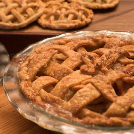 Thanksgiving Treats by Alan Roseman - Public Holidays Thanksgiving ( apple pie, baking, pies, bakery, sundrie, granum, thanksgiving, sweets, claire granum )