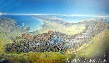 Photo: so verlaufen die Alpen tatsächlich