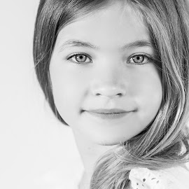 Look into my eyes by Vix Paine - Babies & Children Child Portraits ( close up, eyes#, headshot, model, black and white, girl, eyes, child )
