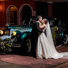 Wedding photographer Hermes Albert (hermesalbertgr). Photo of 16.04.2018