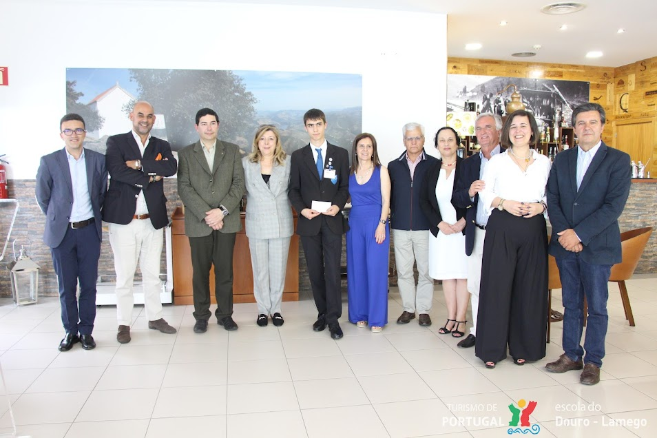 Rotary Club Lamego distingue aluno da Escola de Hotelaria do Douro-Lamego