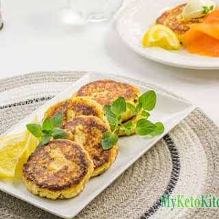 How to Make Low Carb Ricotta Cheese Fritters.