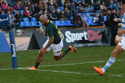 The Emirates Lions centre Lionel Mapoe scores a try for South Africa during the Rugby Championship match between the Springboks and Argentina at Malvinas Argentinas Stadium, Mendoza on August 25 2018.