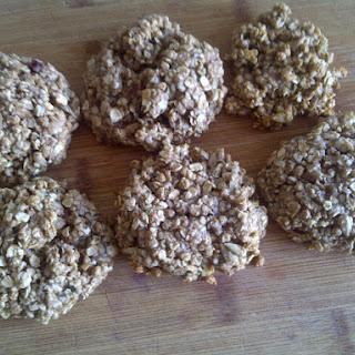 Hearty Hemp Cookies (vegan)