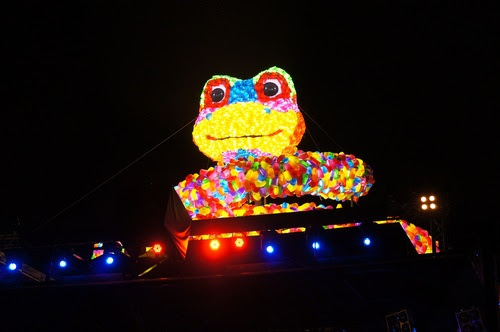 台北景點推薦-中山區2013燈節【花博園區】資訊-蛇斑斑主燈