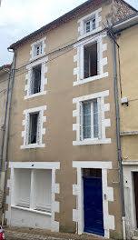 maison à Confolens (16)