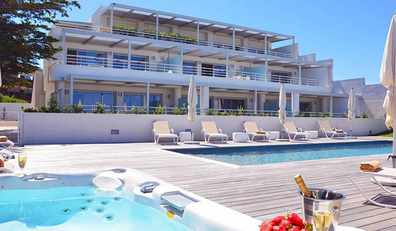 Appartement avec piscine en bord de mer L'Ile-Rousse